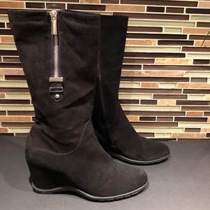 Aquatalia Suede Wedged Boots Size 7.5